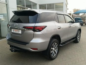 2019-SILVER-Toyota-Fortuner-28GD-6-RB-AT-7444130-13-1024x768